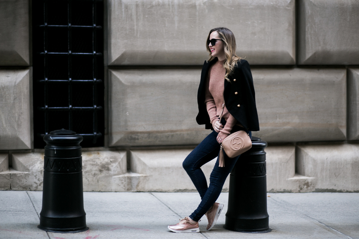 sidesmile-style-rose-gold-nikes-on-wall-street-7