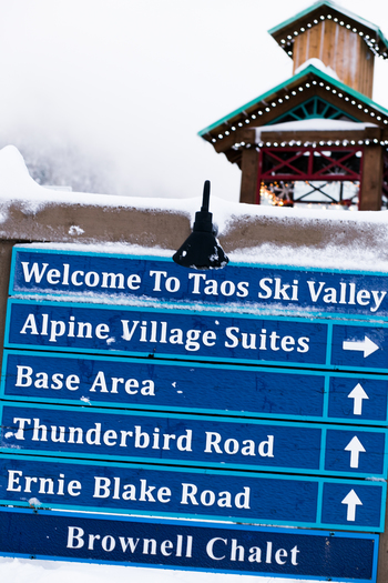 SIDESMILE STYLE TAOS NM WINTER TRAVEL GUIDE-29